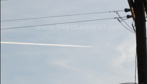chemtrail-by-ufo-300x171
